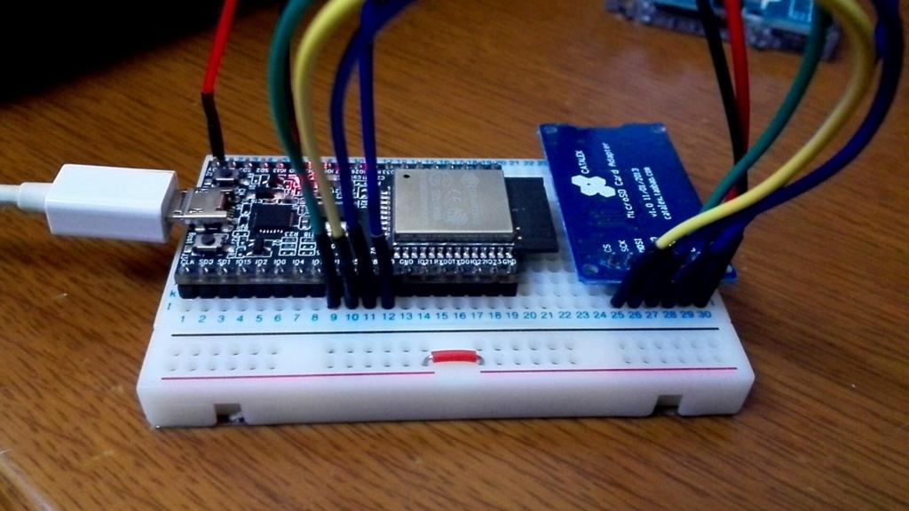 ESP32】 MicroPython マイクロSDのマウント - DYGV's blog