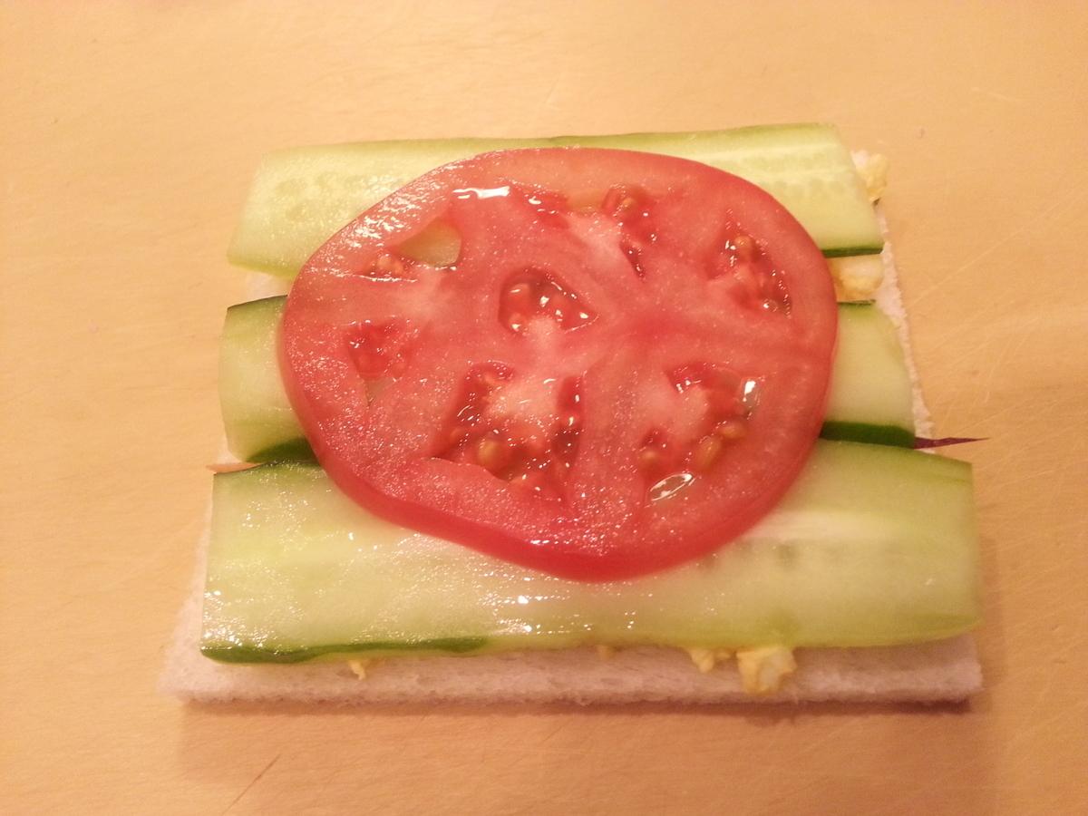 トマトを乗せた写真