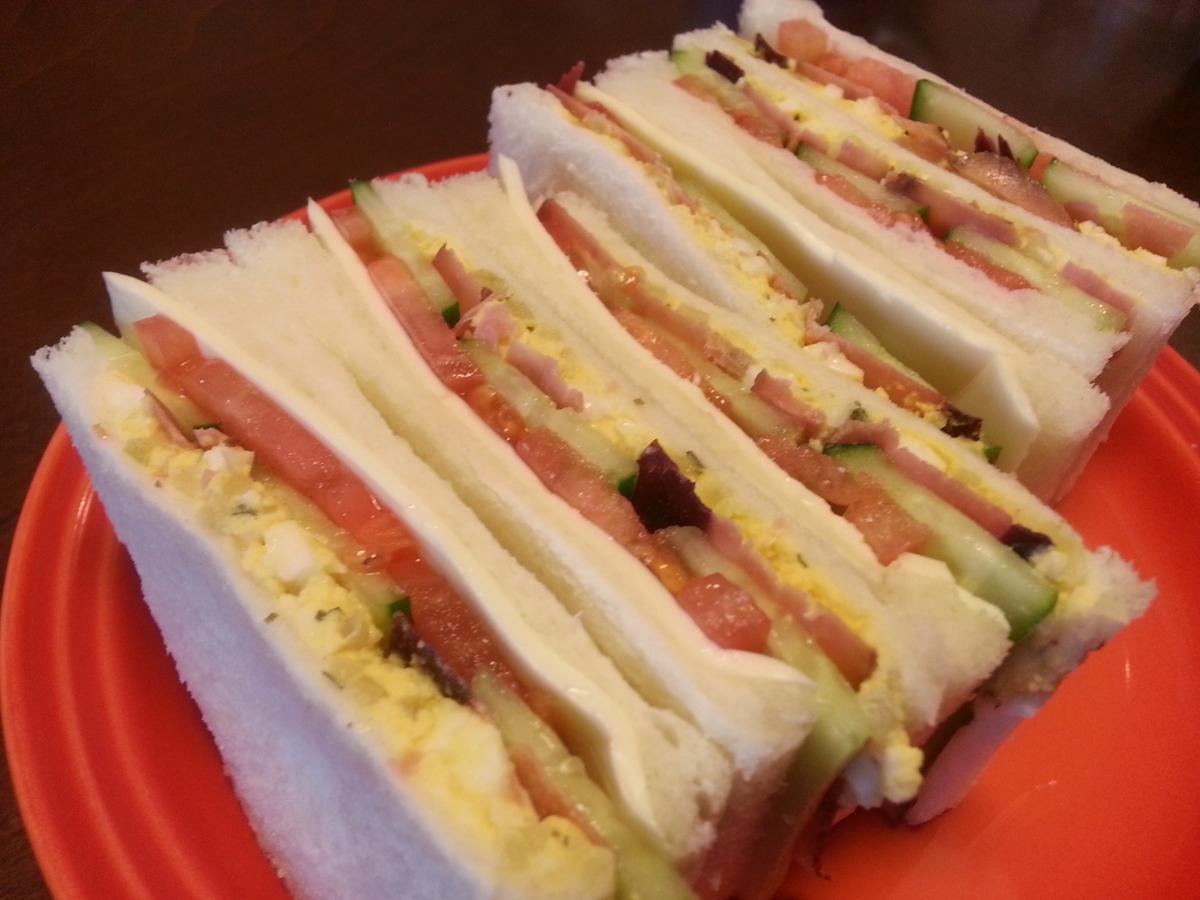 出来上がったサンドイッチの写真