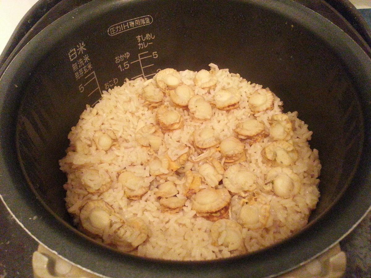 ホタテ稚貝 炊き込みご飯 作り方