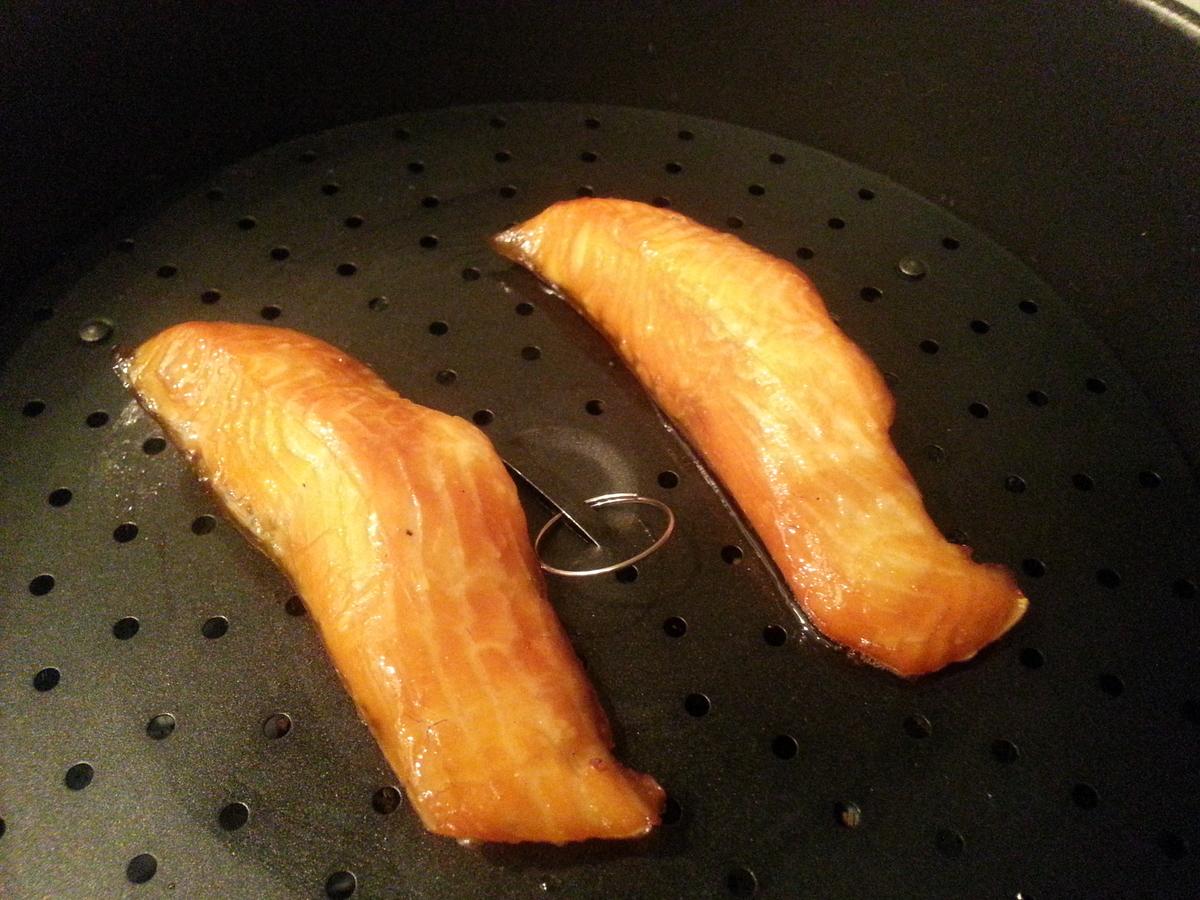 フライパンでサーモンの燻製 作り方
