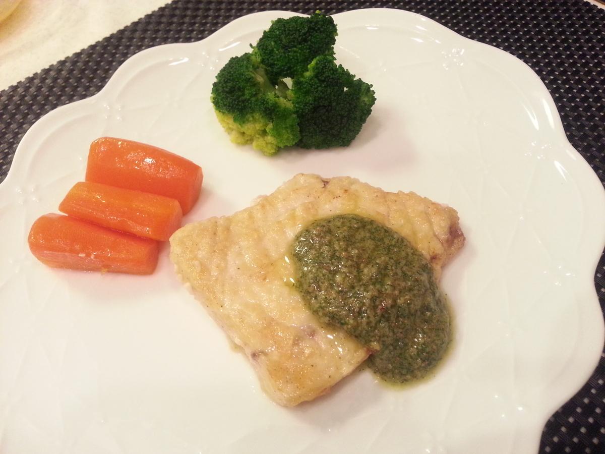 ミントソースで頂く白身魚のソテー