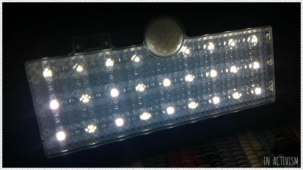dodocool 26 LED 超高輝度ソーラーライト
