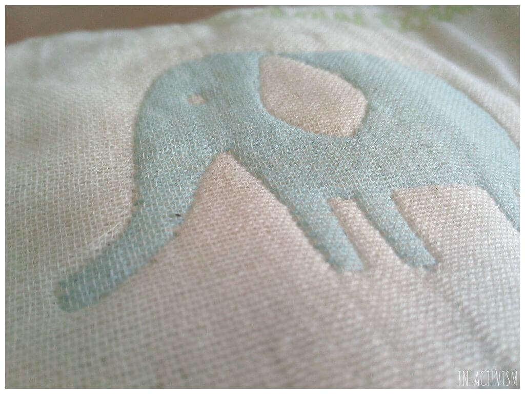 サンデシカ はじめてのベビー枕 ふわふわ6重ガーゼ ぞうの刺繍イラスト