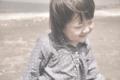 [海][ナチュラル][自然][子供][女の子][笑顔][風]