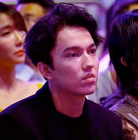 f:id:DimashJapanfanclubofficial:20201226163339j:plain