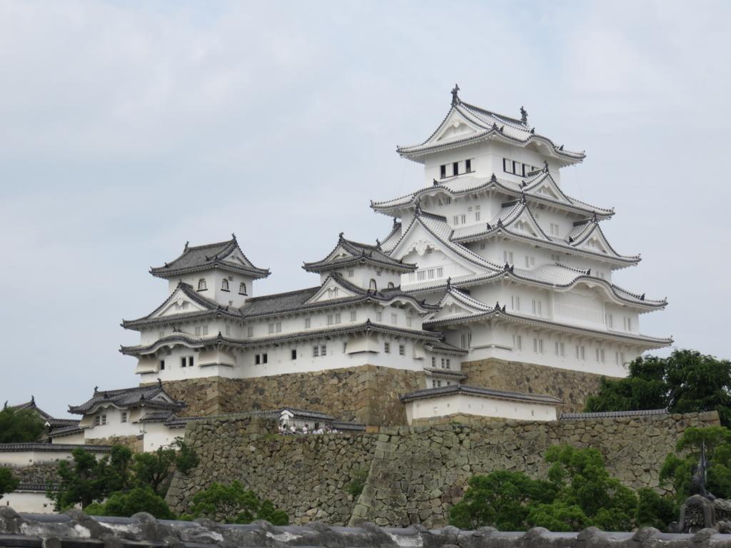 外国人旅行客におすすめしたい日本の人気観光スポット5選(姫路城)