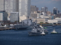 [艦船][晴海][護衛艦][補給艦][ましゅう][いかづち]帰国行事で立ち寄った晴海を出港するインド洋派遣部隊