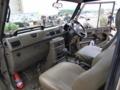 [陸上自衛隊][73式小型トラック]73式小型トラックの車内。
