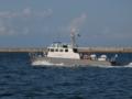 [海上保安庁][巡視艇 たちかぜ]伏木富山港を航行する巡視艇「たちかぜ」。