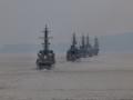[海上自衛隊][とね][せとゆき]大阪湾を単縦陣にて航行中の護衛艦部隊。