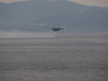 [海上自衛隊][US-2]離水する救難飛行艇US-2。大阪湾にて。