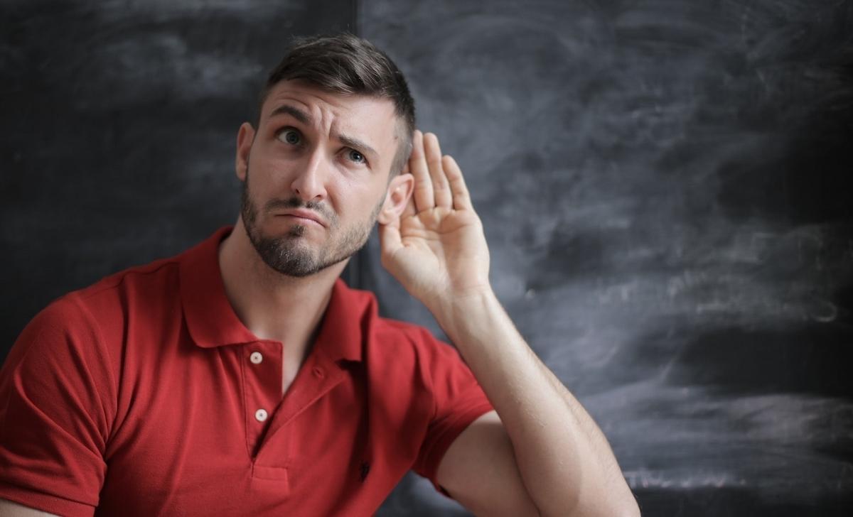 LとRを正確に聞き取るには、○○の段階から意識が必要?【EJ特派員】