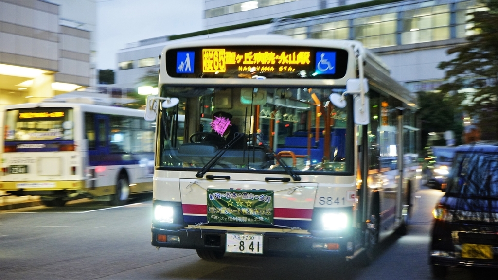 2018 いすゞ・エルガ(桜65/京王...