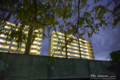岡山市北区昭和町の風景写真 - The light of an apartment