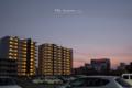 岡山市北区昭和町の風景写真 - The parking lot of twilight