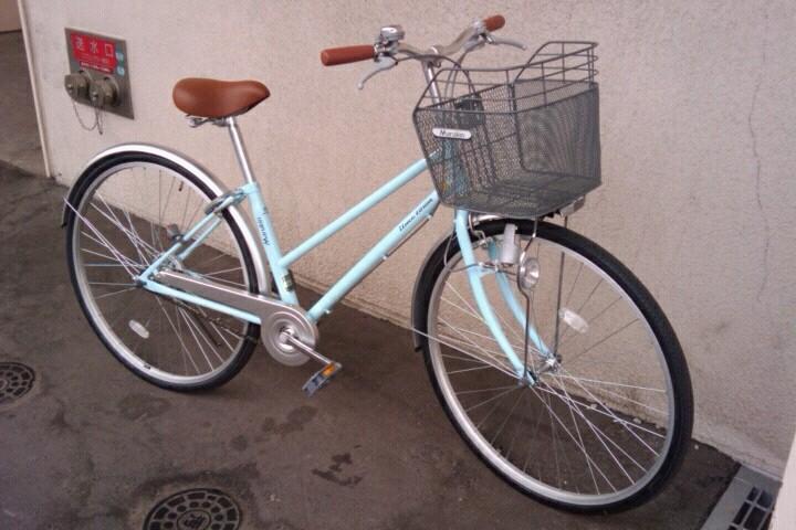 現地の足を入手、今回の相棒はチェレステママ号w。港、港に自転車を