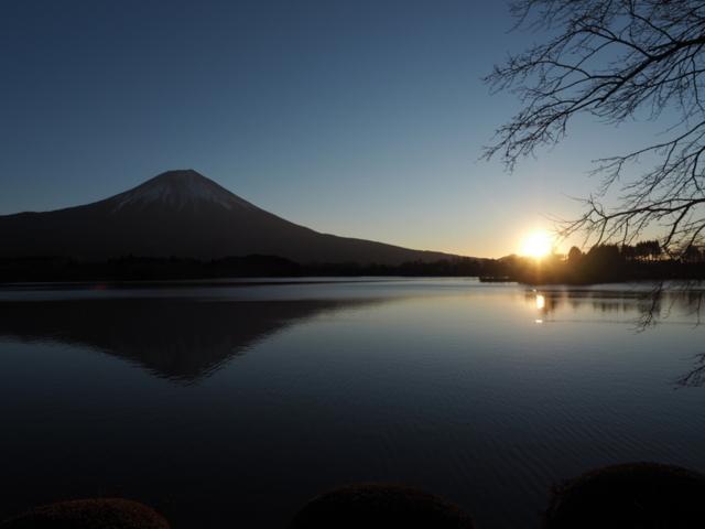 田貫湖から望む富士