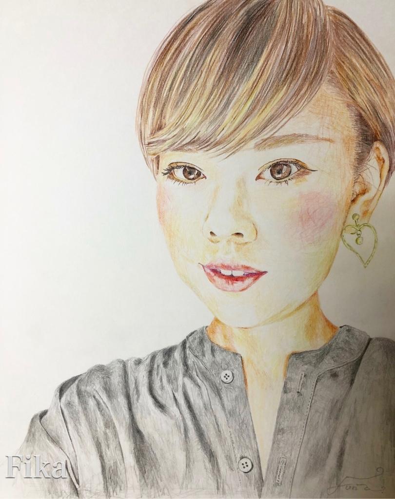 色鉛筆と鉛筆で描いた自画像