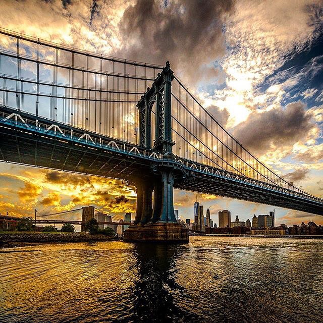 ニューヨークブルックリン橋