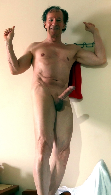 So erect,nude and excited i enjoy to be seen