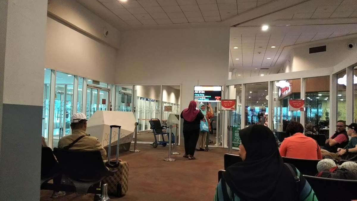 KLIA2 空港 ロビー