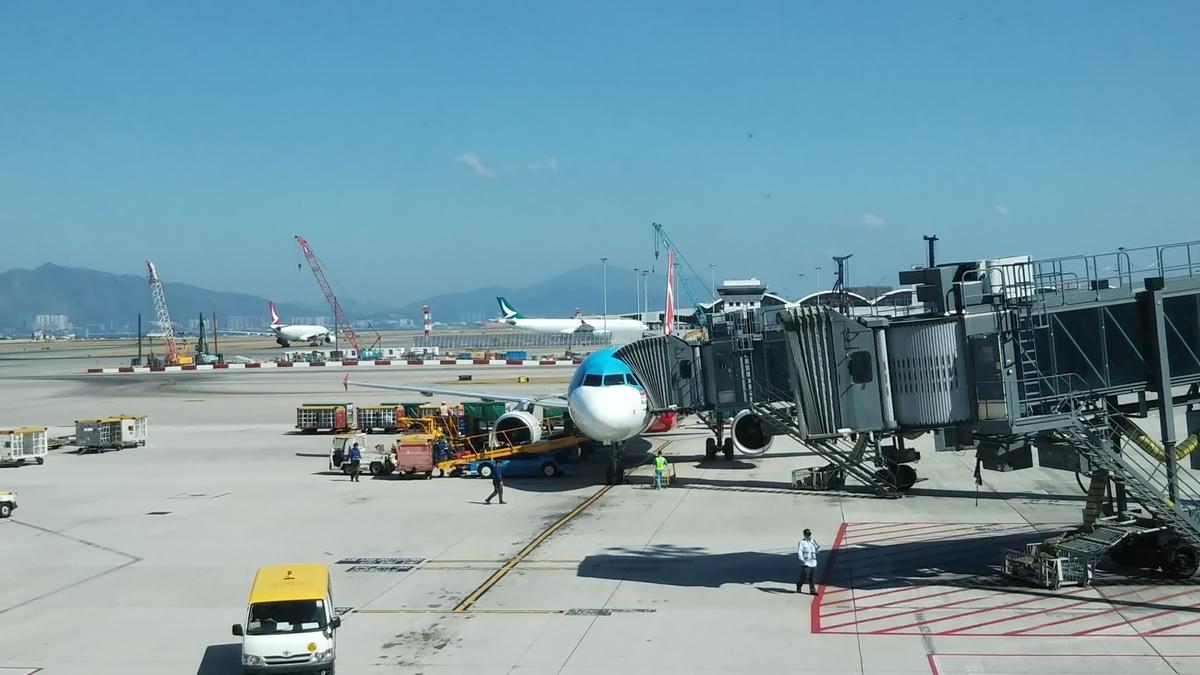 香港 空港 エアアジア