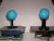 左が、セイミツレバーボールの青。右が、サンワレバーボールの青。