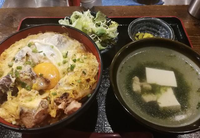ふもと赤鶏 田町本店の親子丼