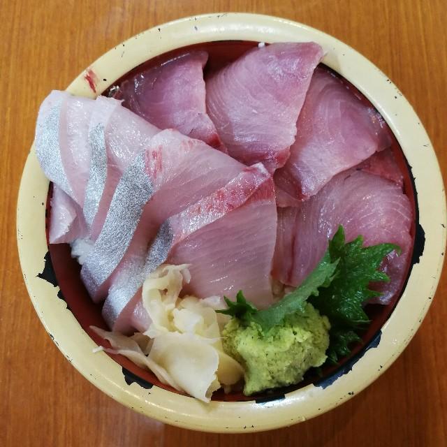 タカマル鮮魚店の海鮮丼(西郷丼)