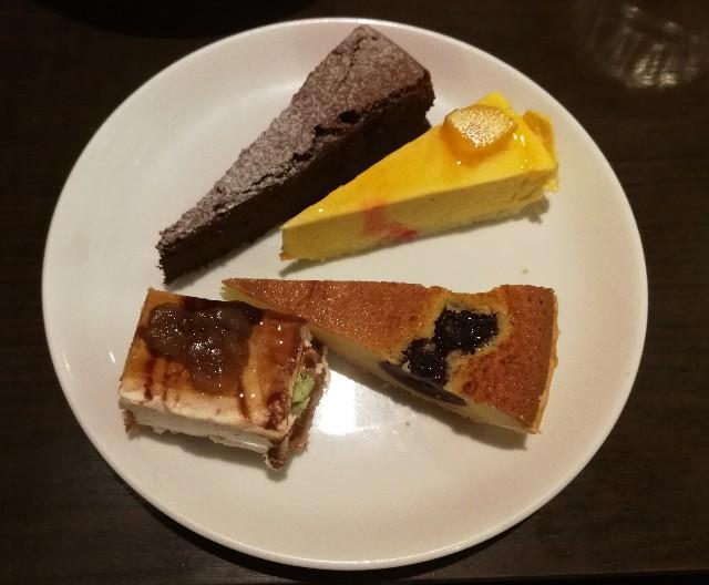 西新宿ムフタール ドゥ パリのケーキブッフェ