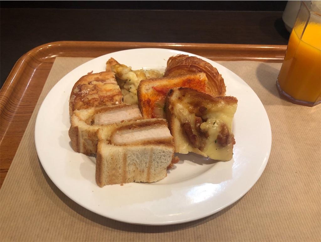 東京 サンドッグイン神戸屋 八重洲店 パンブッフェ カツサンド