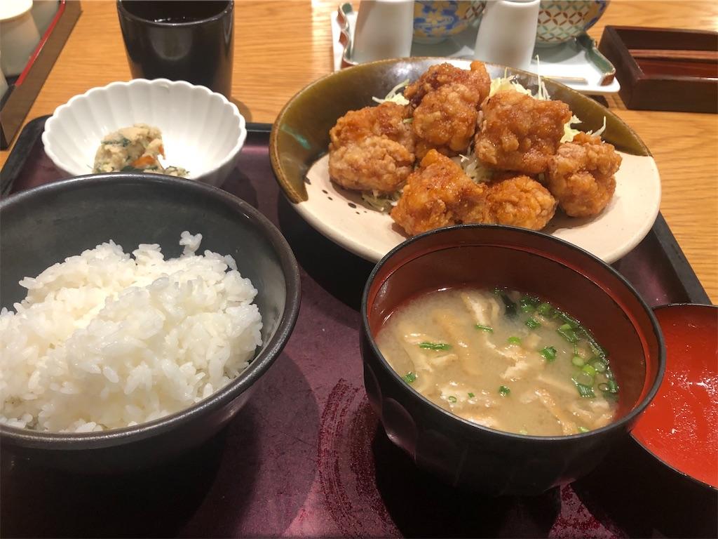 博多もつ鍋やまや 新宿マインズタワー店 鶏の唐揚げめんたい風味定食