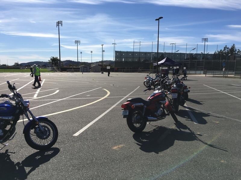 カリフォルニア オートバイ バイク 免許
