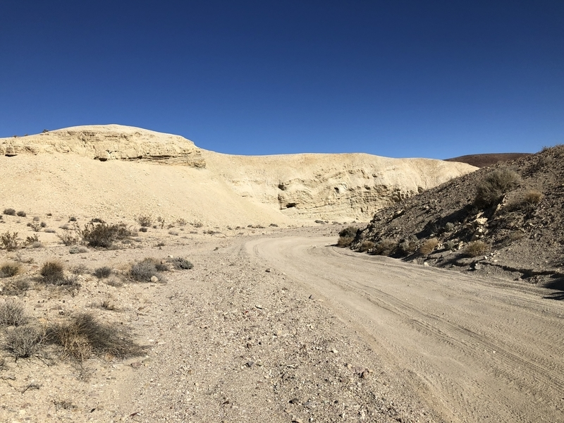 カリフォルニア オフロード バーストー ミュール キャニオン