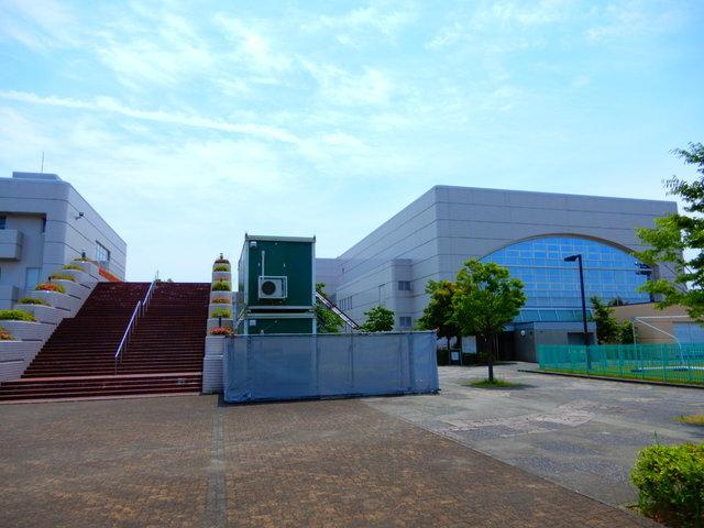 富山県総合体育館