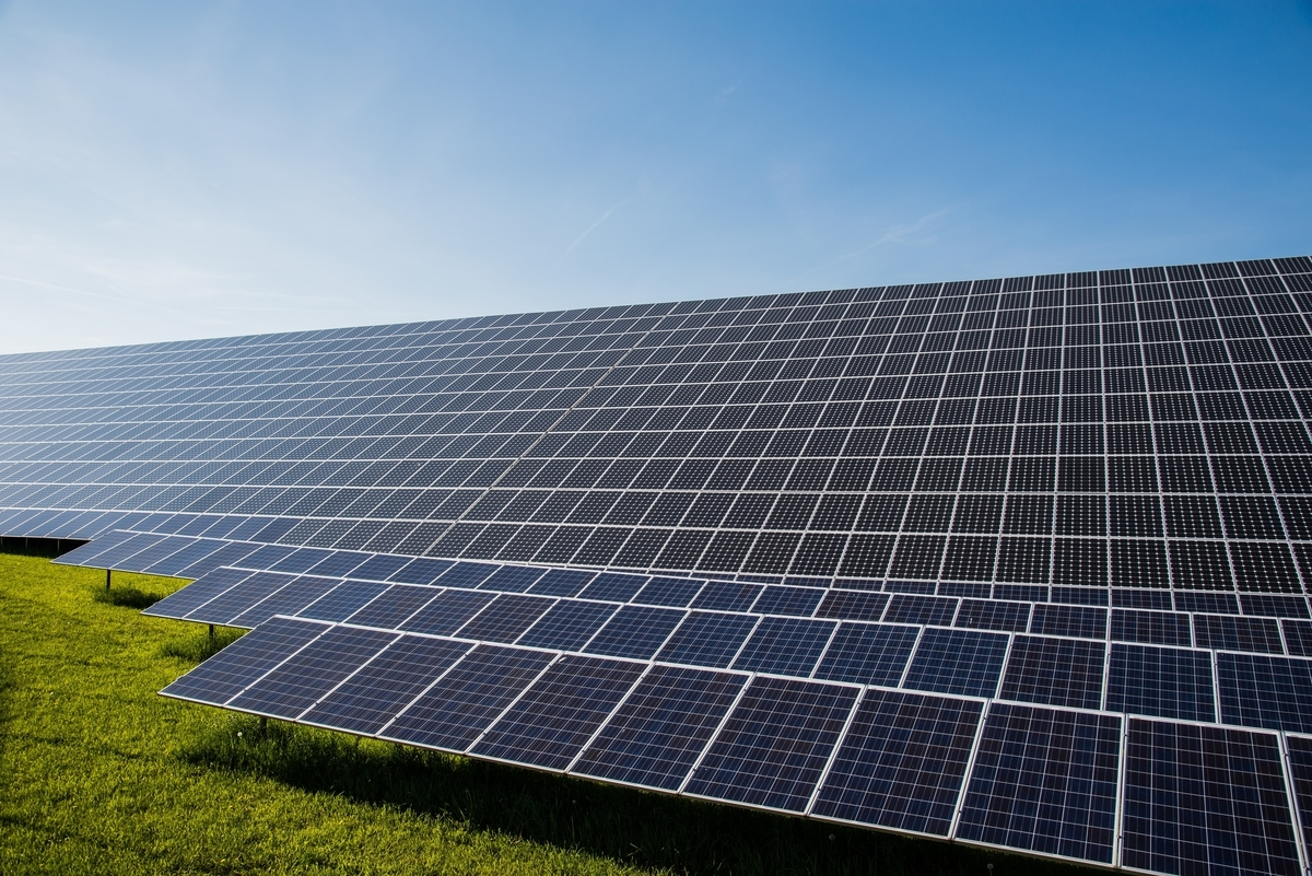 太陽光発電パネル