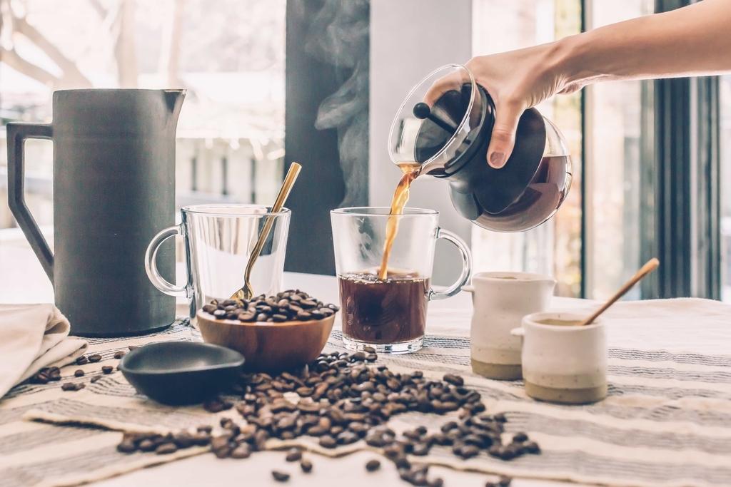 会話に必要なサプリメント、カフェイン