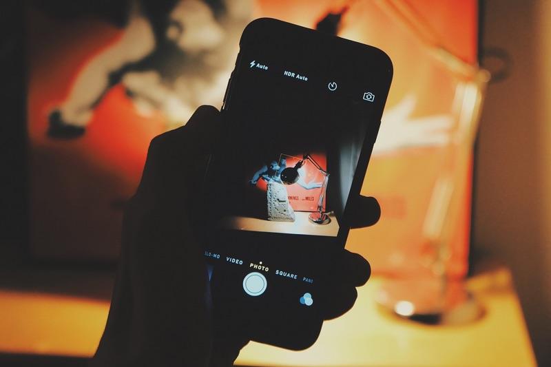 サイバーエージェント Abema TV アベマ インターネット テレビ局 開局 2016年04月 iPhone Android スマホ スマートフォン パソコン ブラウザ