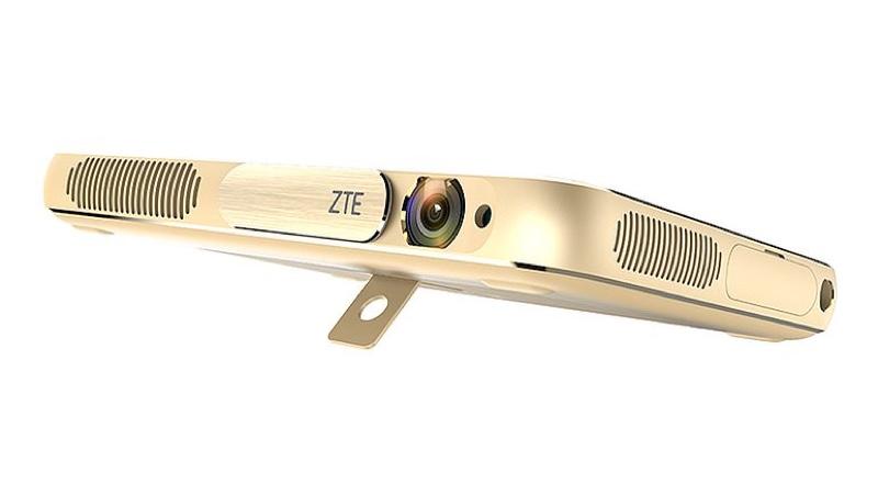 ZTE Spro Plus プロジェクター 内蔵 搭載 Android アンドロイド Tablet タブレット スペック 性能
