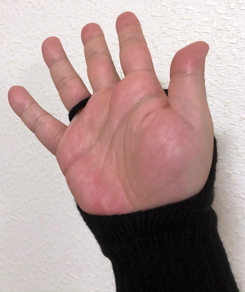 ゲーミング手袋の紐
