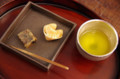[うおがし銘茶]茶・銀座 新春特別メニュ 天下一 和久傳 くず焼き