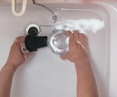掃除機のフィルターの洗い方