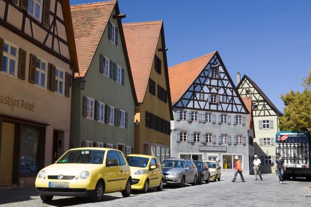 ドイツ車が並ぶ街並み