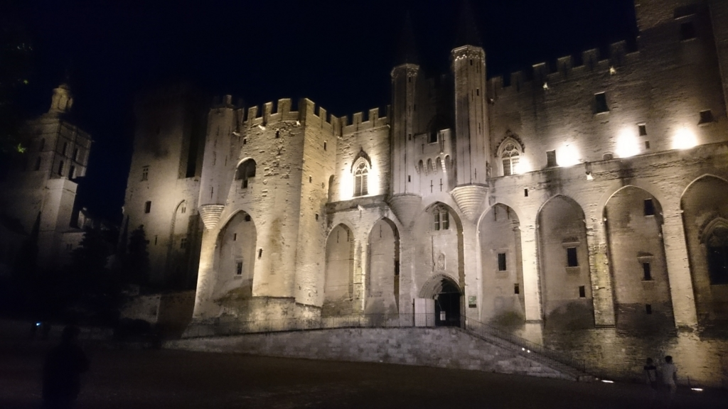 教皇庁の夜景