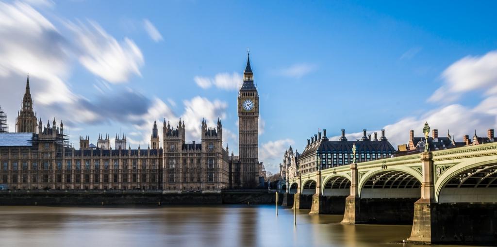 イギリス・ロンドンにかかるテムズ川