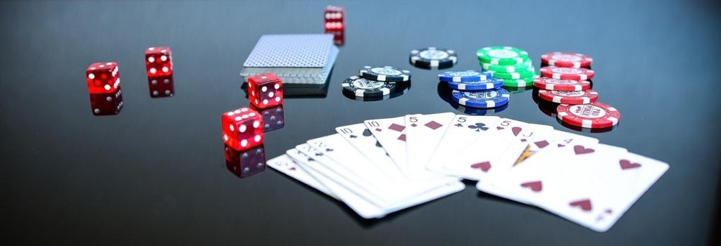 カジノで大金を賭ける