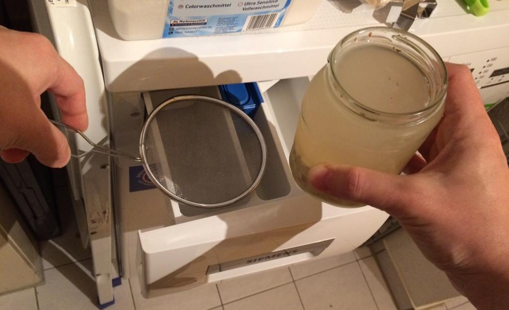洗濯機には濾過して使う