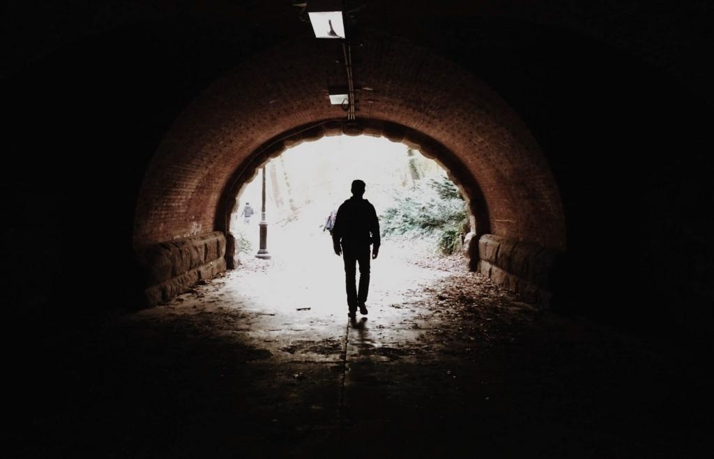 トンネルには必ず出口がある