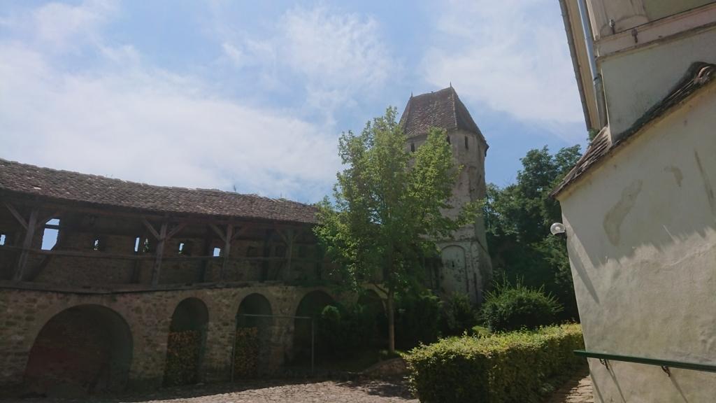 城壁に沿って設置されたギルド塔2